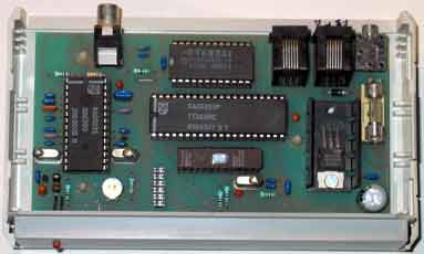 Komfa datacast decoder with SAA5250 en 87C751 microcontroller, 1993